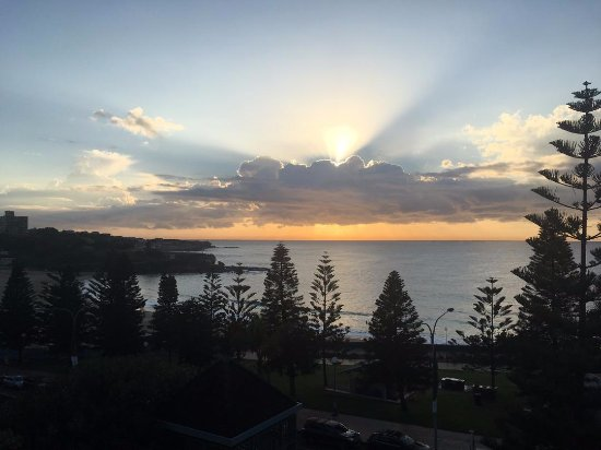 Crowne Plaza Hotel Coogee Beach - Sydney Heavenly Moment Best 60th birthday gift! & Heavenly Moment: Best 60th birthday gift! - Picture of Crowne Plaza ...
