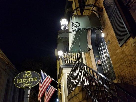Foley House Inn : 20171102_221213_large.jpg