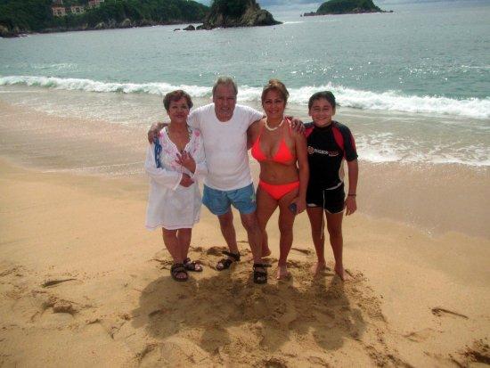 Barcelo Huatulco: Disfrutando el mar con la familia