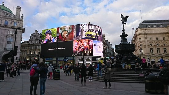 Piccadilly circus foto di piccadilly circus londra for Time square londra