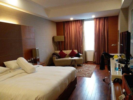 Piccadily Hotel: 20171107_164326_large.jpg