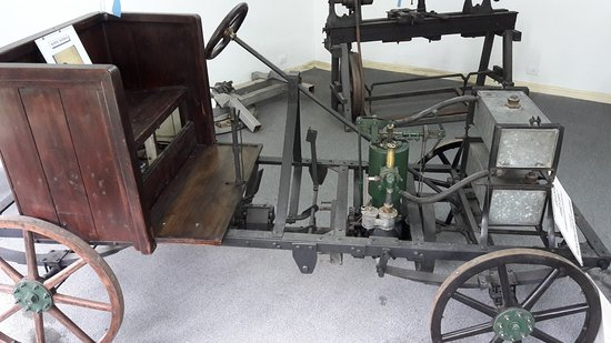 Museo del Automovil Manuel Iglesias: Primer automóvil argentino