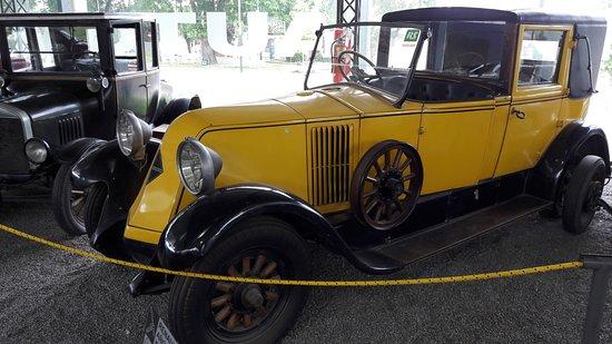 Museo del Automovil Manuel Iglesias: Renault 1922
