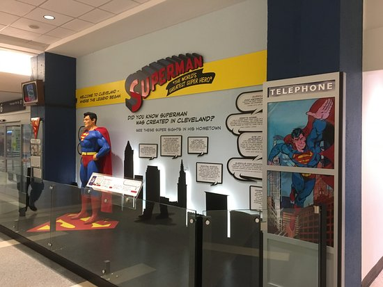 ‪Superman Exhibit‬