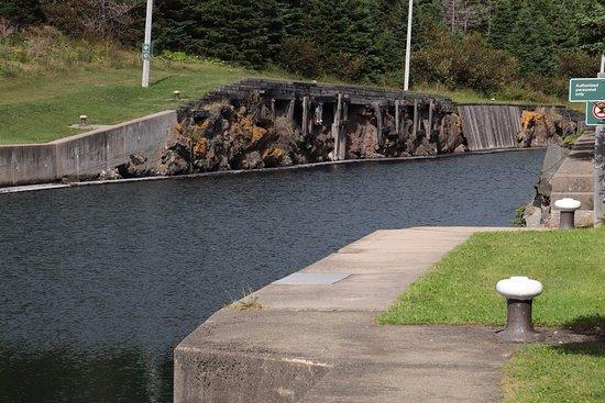 St. Peter's, Канада: Walking near the locks