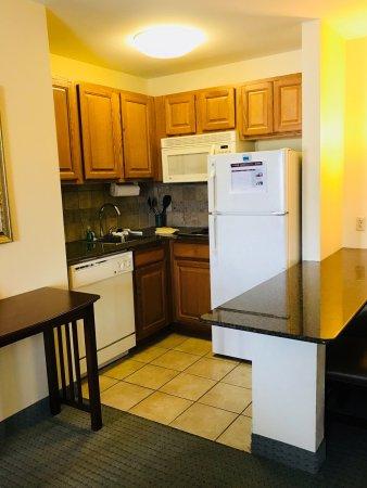 Staybridge Suites Tallahassee I-10 East: photo5.jpg