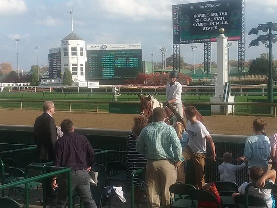Churchill Downs: 20171105_152119_large.jpg