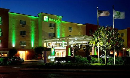 San Mateo, Californië: Hotel Exterior at Night.