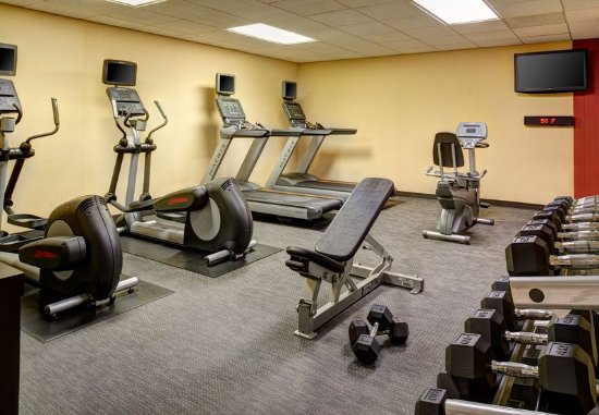Fitness center obr zok courtyard chicago oakbrook for 6 transam plaza dr oakbrook terrace il 60181