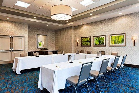 Pittsfield, MA: Meeting Room