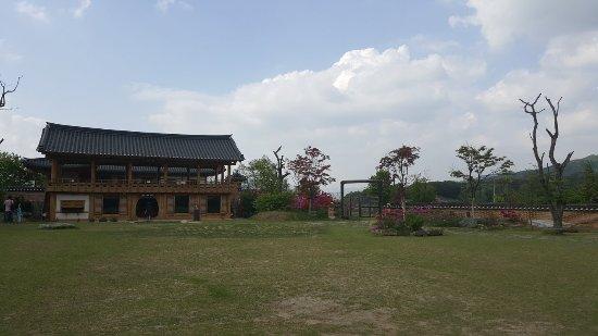 Traditional Liquor Museum Sansawon