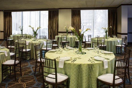 Sheraton Columbus at Capitol Square Hotel: Congressional Ballroom Social