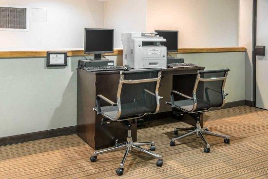 Sleep Inn Airport Kansas City: Business center