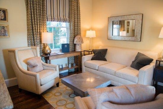 Orange, Wirginia: Sitting Area