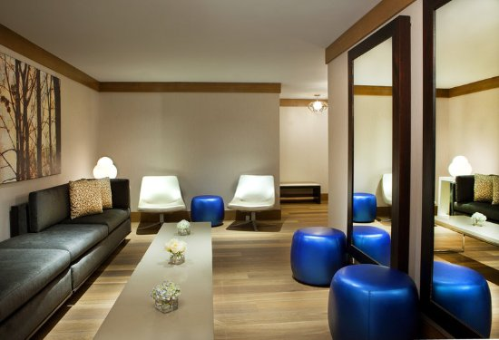 The Westin Portland Harborview: Akari Spa Lounge