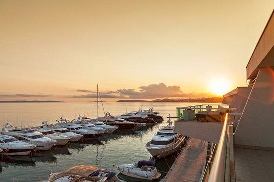 Podstrana, Croatia: Sunset view
