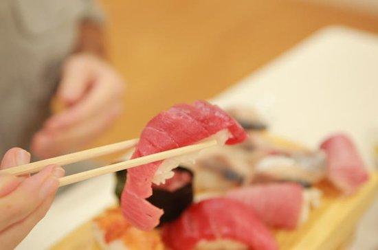 Sushi Class, Sake Tasting, og Market...