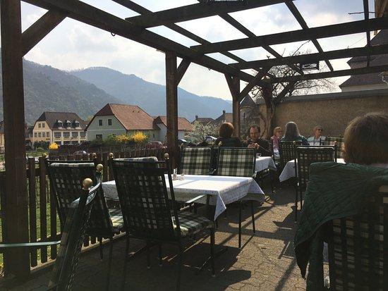 Restaurant Kirchenwirt Wachau: nice setting