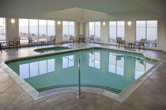 Jeffersonville, IN: Indoor Pool and Spa