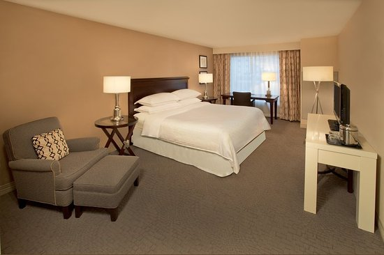 Jeffersonville, Индиана: Traditional King Guestroom