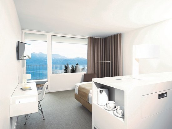 Cully, Szwajcaria: Standard Room at Hotel Lavaux