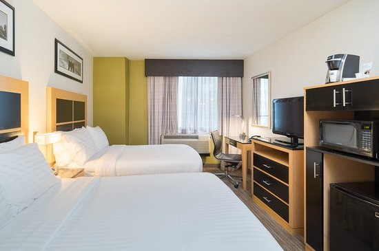 Holiday Inn Express New York City-Wall Street: Two Double Beds