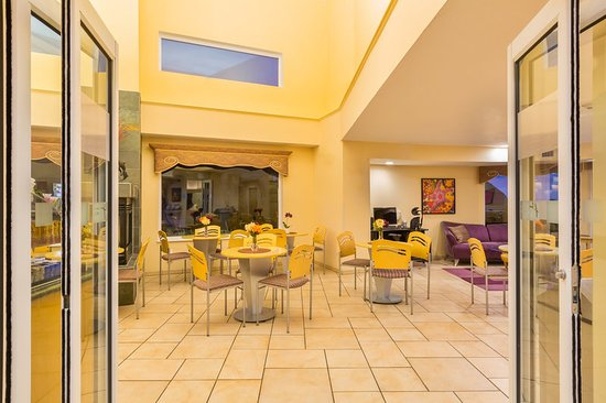 Holiday Inn Express Hotel Suites Pacifica