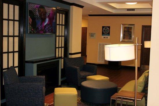 Lebanon, VA: Lobby Lounge