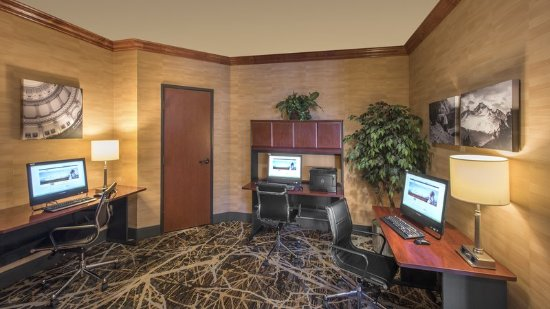 Lakewood, CO: Business Center for the convenience of our corporate guests