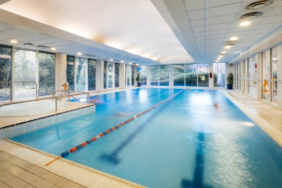 Swimming Pool Picture Of Holiday Inn Hemel Hempstead M1 Jct 8 Hemel Hempstead Tripadvisor