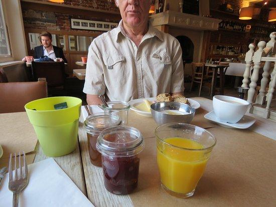 Hotel Residence Le Quinze : breakfast
