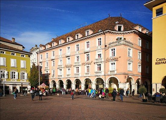 Stadt Hotel Citta : Blick vom Waltherplatz