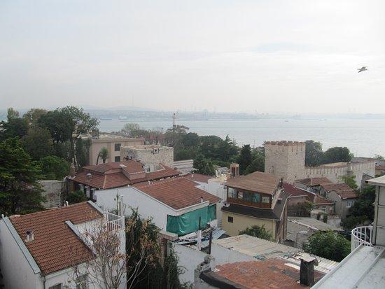 Hotel Peninsula : View from Balcony (At Breakfast)