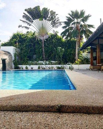 Marcosas Cottages Resort Photo