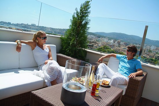 Terraza Restaurante Blue Jazz Club Picture Of Hotel Saratoga Palma De Mallorca Tripadvisor