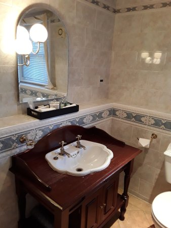 Swinton, UK: Bathroom