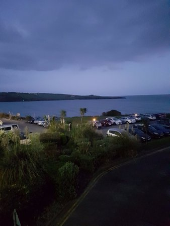 Inchydoney Island Lodge & Spa: Night time view from room of the beach