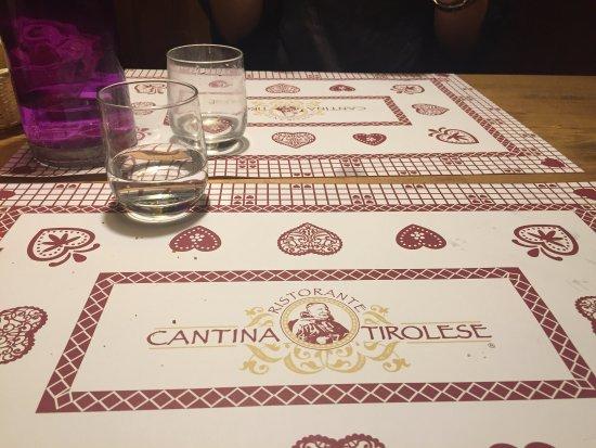 photo0.jpg - Foto di Cantina Tirolese, Roma - TripAdvisor