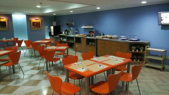 Cordoba Centro: La salle du petit déjeuner