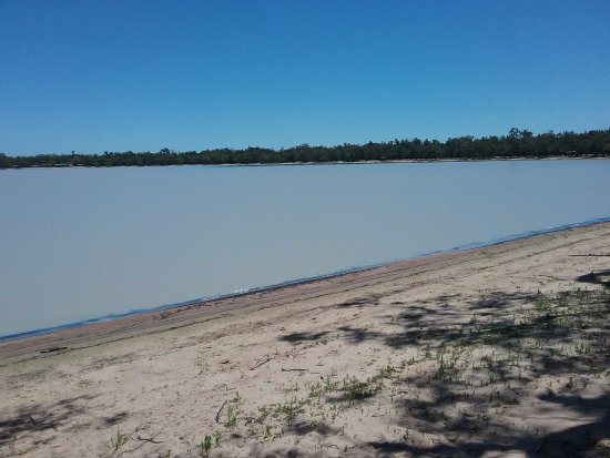 Wee Waa, Австралия: The lake