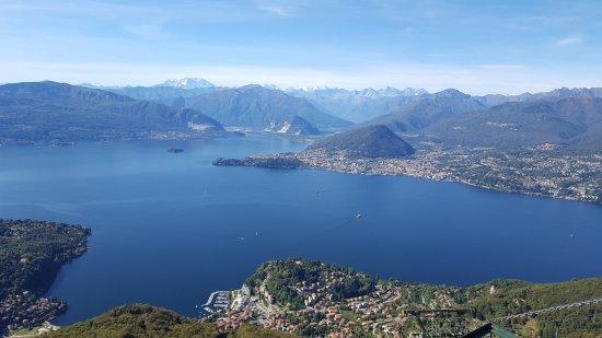 Terrazza panoramica Ristorante - Bild von Funivie del Lago Maggiore ...