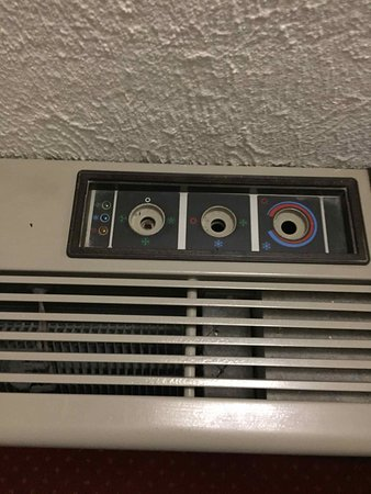 Amazonia Lisboa Hotel : Air conditioner...