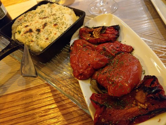 Donaghadee, UK: Photos don't do them justice, flame grilled red peppers, cheesey mash.