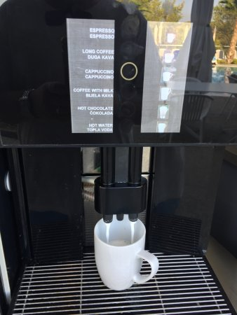 Milna, Croatia: Slow coffee machine