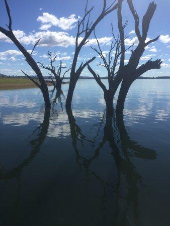 Lake Hume Village Photo