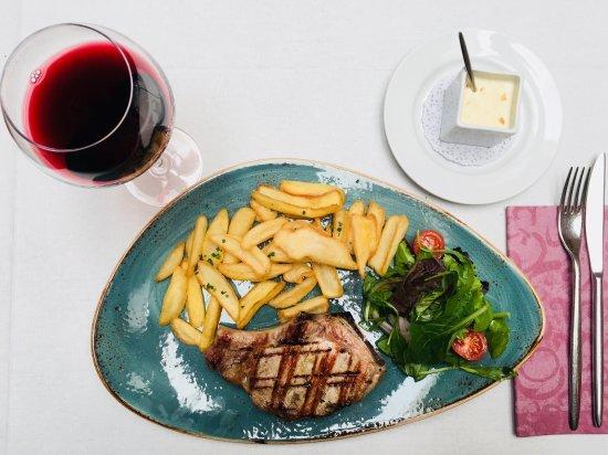 Meat dishes bild fr n la boheme javea tripadvisor - La boheme javea ...