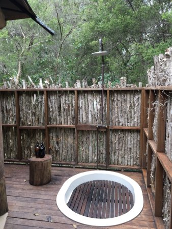 Woollamia, Australia: A snapshot of the wonderful experience at Paperbark Camp
