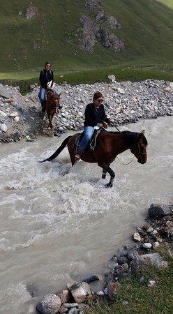 Yurt Camp Jaichy: Horsetrakking to glacier