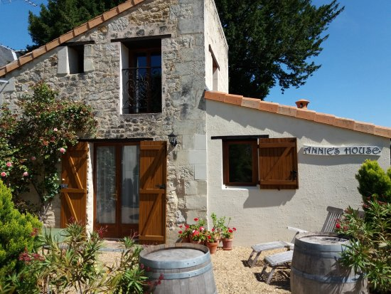 Pouancay, France: The Cottage, Annie's House
