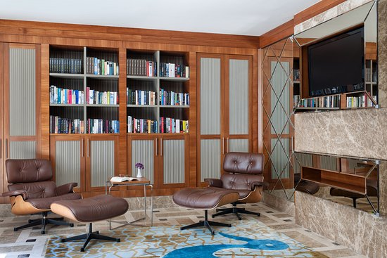 Hilton Dalaman Sarigerme Resort & Spa: Library